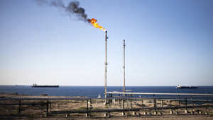 """ليبيا.. قصف ناقلة نفط يُعتقد أنها كانت محملة بشحنة وقود لحساب """"داعش"""""""