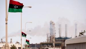 استطلاع شبكتنا.. غالبية الليبيين يؤيدون سيطرة حفتر على الهلال النفطي