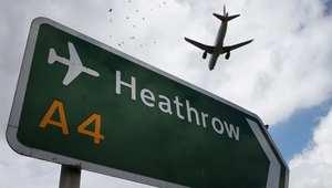 """ارتباك حركة السفر من وإلى لندن بسبب """"عطل إلكتروني"""" تسبب بإغلاق المجال الجوي"""