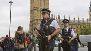 """لندن: اتهامات بالإرهاب لـ5 من """"الموالين لداعش"""" وإطلاق سراح 4 بينهم فتاة"""