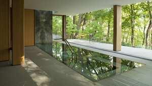 لمحة داخل قصر بقيمة 23 مليون دولار صنع بالخشب والرياضيات