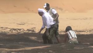 محمود حميدة يخلع سرواله مع