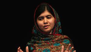 فازت ملالا يوسف زاي بجائزة نوبل لسلام مناصفة وتبرعت بكامل قيمة الجائزة لترميم مدرسة في غزة