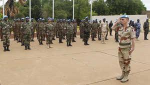 قتلى وجرحى في هجوم بعشرات الصواريخ على معسكر لقوات حفظ السلام في مالي