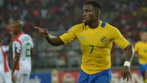 إيفونا يحسم الجدل ويوقع للنادي الأهلي لمدة 3 مواسم في صفقة قياسية