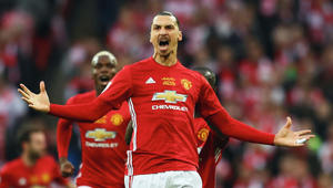 الدوري الإنجليزي: مانشستر يونايتد يتخلى عن إبراهيموفيتش المصاب