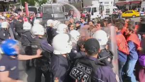 بالفيديو: اشتباكات بين الأمن والمتظاهرين خلال عيد العمال في فرنسا وألمانيا وتركيا
