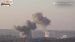 """فيديو يظهر آثار الهجوم بـ""""مواد كيماوية"""" بخان شيخون"""