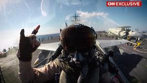 """هؤلاء هم الطيارون الذين يحاربون """"داعش"""""""