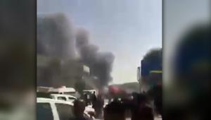 أول لحظات بعد انفجار سيارة مفخخة في كربلاء العراقية