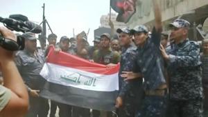 """شاهد.. احتفالات الجيش العراقي وسط أنباء """"تحرير"""" الموصل"""