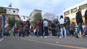 طلاب الأونروا بلبنان: أمريكا تأمرنا بشيء وتفعل عكسه