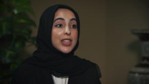 أصغر وزيرة بالعالم لـCNN: ما تفعله الإمارات قابل للتكرار بالمنطقة