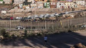 لعبة القط والفأر مستمرة مع الشرطة ومسؤول إسباني يقول إن مليلية هي حدود ألمانيا مع إفريقيا