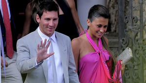 قبل حفل زفافهما.. شاهد أجمل صور النجم الأرجنتني ليونيل ميسي وصديقته أنتونيلا