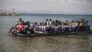 """العثور على 50 جثة بقارب يقل مئات المهاجرين في """"المتوسط"""""""