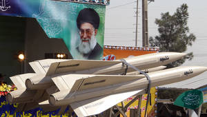 من عرض عسكري إيراني سابق
