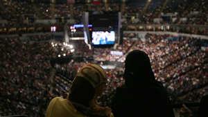 سيدتان مسلمتان في تجمع انتخابي سابق في مينيابوليس