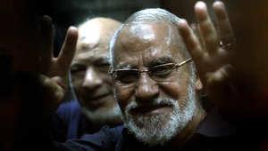 """مصر.. رفض طلب قنصل أمريكا لحضور محاكمة الإخوان بـ""""غرفة عمليات رابعة"""""""