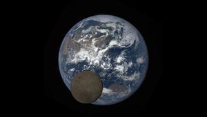 عبر كاميرا من ناسا.. شاهد الجانب الآخر للقمر أثناء عبوره أمام الأرض