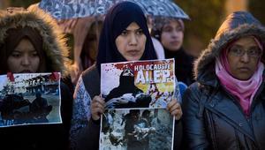 """مغاربة ينظمون وقفات تضامنية مع سكان حلب ويطالبون بـ""""وقف المجازر"""""""