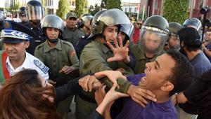 """سلطات الرباط تتهم محتجين بالتظاهر بالإغماء.. ولجنة الوقفة تدين """"الاعتداء المخزي"""""""