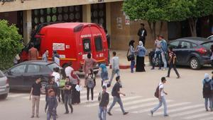 طلبة يحلقون شعر وحاجبيْ فتاة في محاكمة جماهيرية بجامعة مغربية