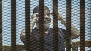 """دفاع مرسي يقدم طعونه بأحكام """"اقتحام السجون"""" و""""التخابر"""""""