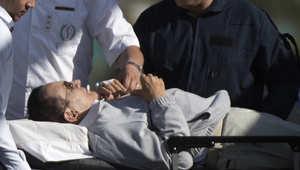 إصابة مبارك بكسر في القدم إثر سقوطه بمستشفى المعادي