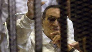 أثار الحكم ببراءة حسني مبارك جدلا واسعا بين أوساط المصريين