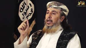 """القاعدة بـ""""مؤتمر صحفي"""": قتلى الحوثي بالآلاف ويحاربوننا بتنسيق أمريكي.. البغدادي ليس خليفة وصور الذبح تخالف أمر النبي"""