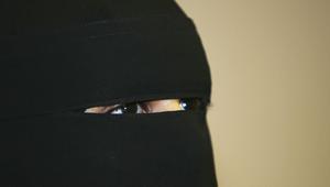 مجلس النواب الهولندي يصادق على حظر ارتداء النقاب