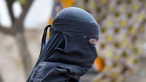 """إلقاء القبض على """"أم الزهراء"""".. الفرنسية التي تزوّج مقاتلي """"داعش"""" من أوروبيات"""