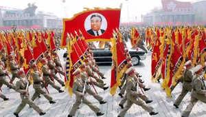 """نظرة من داخل كوريا الشمالية.. كيف يتم استعباد الناس وبرمجتهم على """"عبادة"""" الزعيم"""