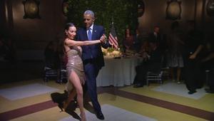 شاهد: أوباما يتمايل مع راقصة التانغو في الأرجنتين