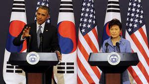 """أوباما يهدي """"شجرة منغولية"""" لضحايا """"سيوال"""" ويتوعد بيونغ يانغ"""