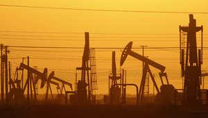 """تراجع حاد بأسعار النفط والبنك الدولي يدق """"ناقوس الخطر"""" من الدعم الحكومي بدول الخليج"""