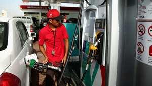 ليبيا والسعودية والكويت والجزائر.. من أرخص دول العالم في سعر البنزين