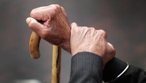 وزيرة المرأة في تونس تكشف فضائح في دار للمسنين: تعفن وجوع وأوساخ