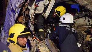 سلطنة عُمان: مقتل 18 شخصا من جنسيات متعددة بينهم عمانيين وسعوديين وباكستانيين إثر حادث سير