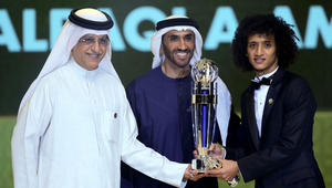 عمر عبد الرحمن لـ CNN: فوزي بالجائزة هو فوز للإمارات وسننسى هزيمة جيونبوك مع الأيام