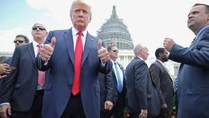 """الجمهوريون يسيطرون على الكونغرس بالكامل بعد """"إعصار"""" ترامب"""
