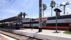 القطارات في المغرب.. عندما يتحوّل التأخر إلى طقس يومي يتعايش معه المواطنون