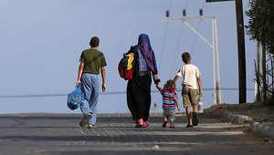 عائلة فلسطينية تركت منزلها بحثا عن مكان أكثر أمانا