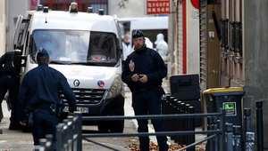 من أصل مغربي..  السلطات الفرنسية تتعرّف على هوية الانتحاري الذي فجرّ نفسه في شقة سان-دوني