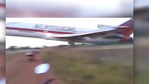 شاهد.. لحظة تحطم طائرة كولومبية