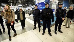 """فرنسا ترّحل """"متشدّدًا"""" تونسيًا نحو بلده بسبب """"خطورته على الأمن العام"""""""