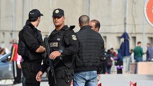 """اعتقل الحرس الوطني التونسي أربعة فتيات في سيدي بوزيد بتهمة """"الانتماء إلى تنظيم الدولة الإسلامية ومحاولة استقطاب"""