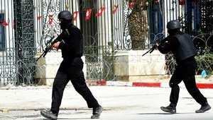 """تونس.. الحكم بالإعدام على ثلاثة """"إرهابيين"""" ذبحوا رجل أمن"""