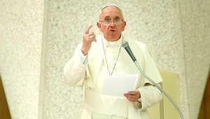 البابا فرانسيس خلال قداس أقيم في الفاتيكان أواخر الشهر الماضي